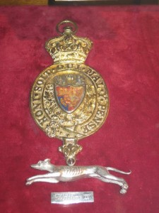 Silver Greyhound badge