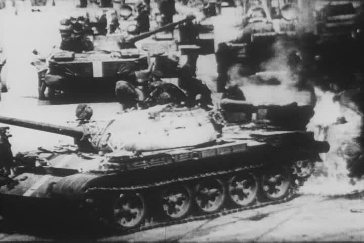 Hořící sovětský tank